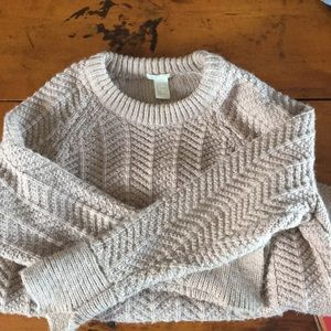 NWOT H&M champagne cable knit sweater medium